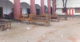 বৈরি আবহাওয়া: ভোটার শূন্য অনেক কেন্দ্র