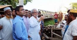 নির্মাণাধীন কামতা ব্রীজ পরিদর্শনে মুহম্মদ শফিকুর রহমান এমপি