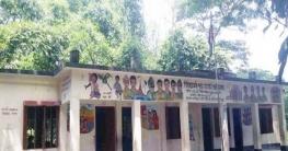 সিহিরচোঁ সপ্রাবিতে কমেছে শিক্ষার্থী : বাড়ছে টাকা ভাগাভাগি